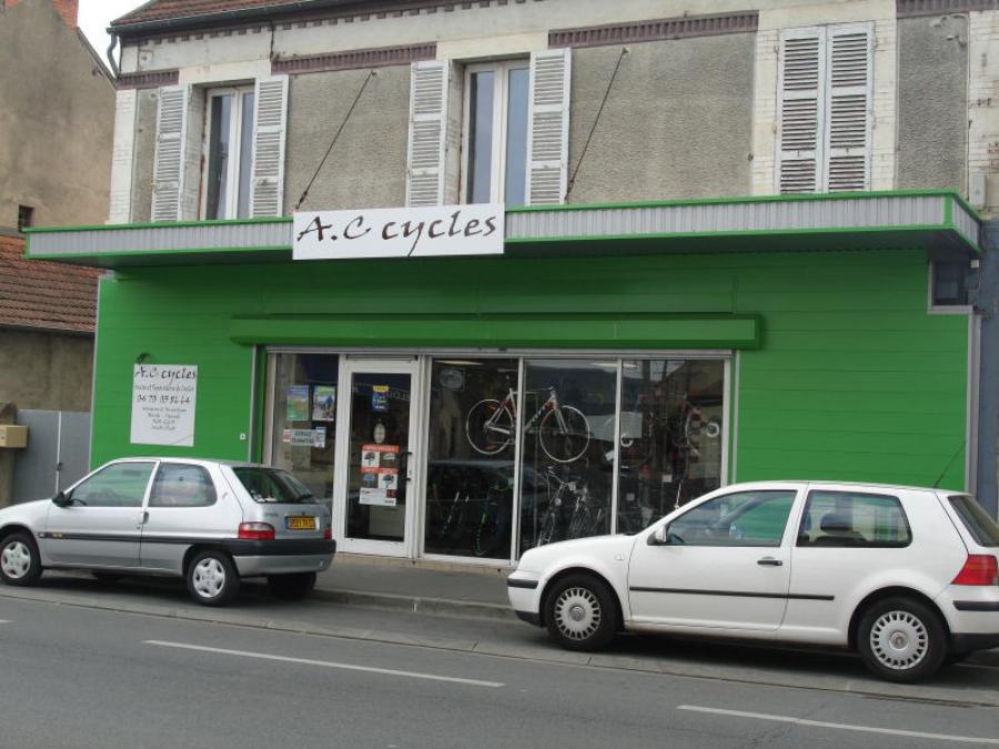 AC CYCLES MONTLUCON